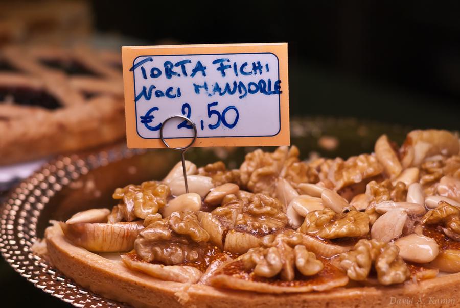 Torta Fichi Noci Mandorle - Cinque Terre, Italy